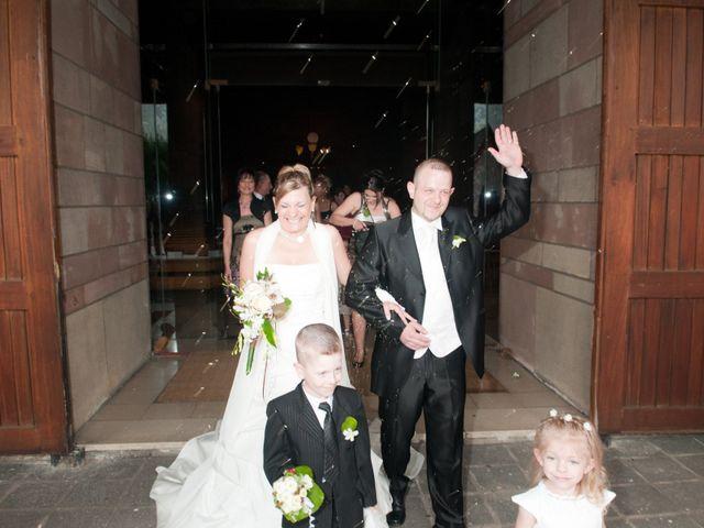 Le mariage de Michael et Jessica à Petite-Rosselle, Moselle 376