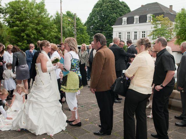 Le mariage de Michael et Jessica à Petite-Rosselle, Moselle 387