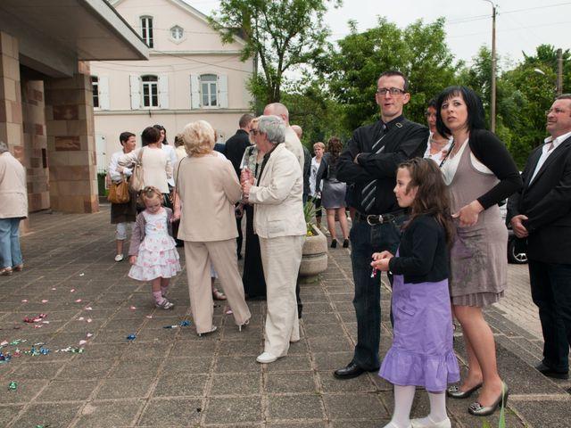 Le mariage de Michael et Jessica à Petite-Rosselle, Moselle 390
