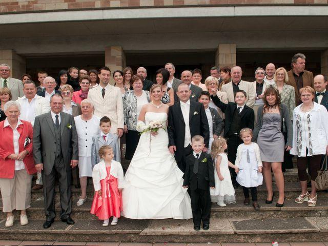 Le mariage de Michael et Jessica à Petite-Rosselle, Moselle 395