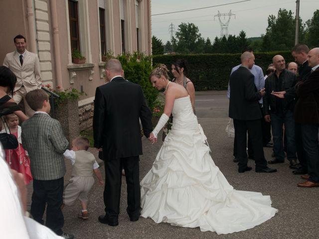 Le mariage de Michael et Jessica à Petite-Rosselle, Moselle 396