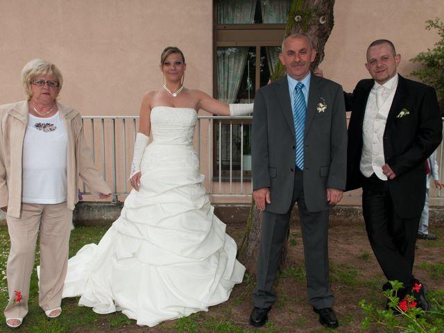 Le mariage de Michael et Jessica à Petite-Rosselle, Moselle 409