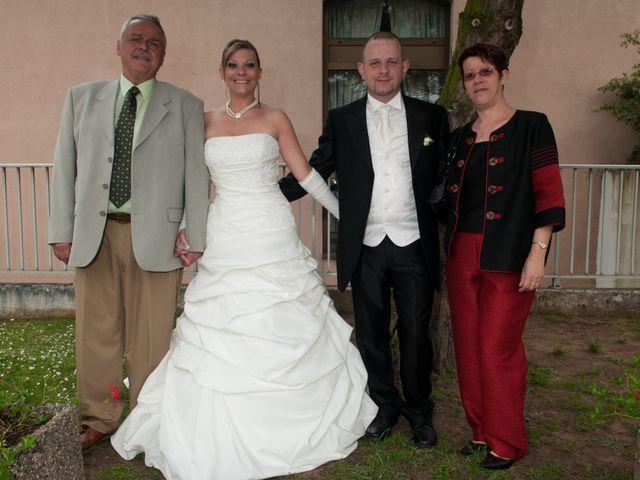 Le mariage de Michael et Jessica à Petite-Rosselle, Moselle 414