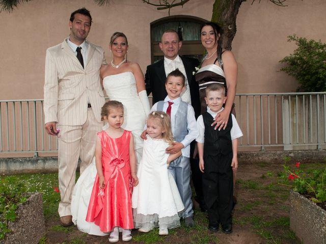 Le mariage de Michael et Jessica à Petite-Rosselle, Moselle 415