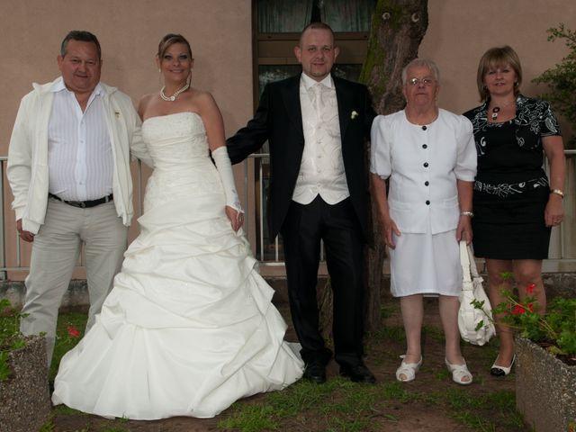 Le mariage de Michael et Jessica à Petite-Rosselle, Moselle 431