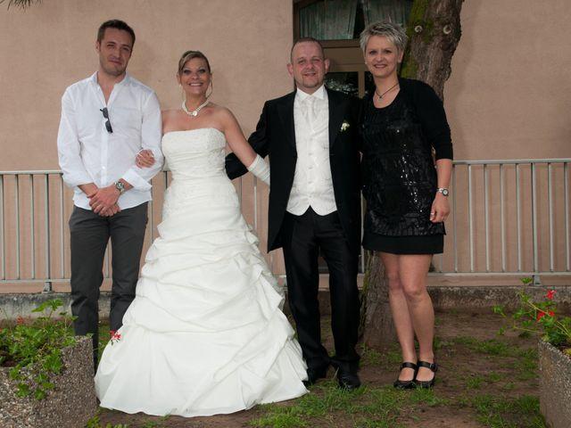 Le mariage de Michael et Jessica à Petite-Rosselle, Moselle 437