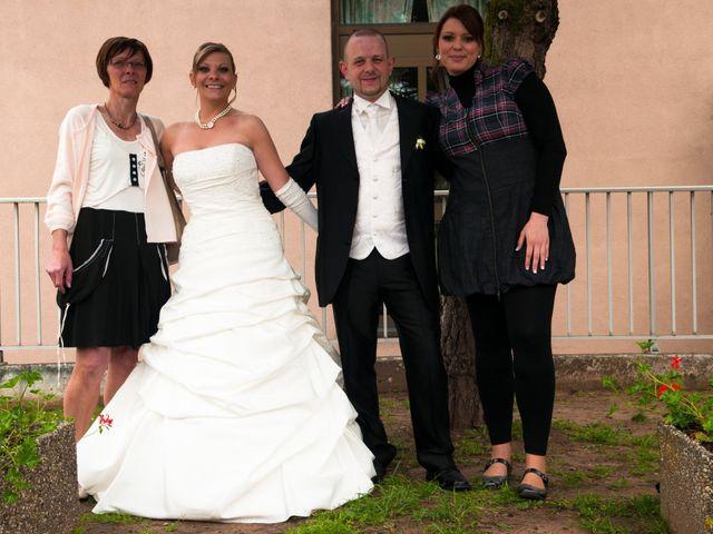 Le mariage de Michael et Jessica à Petite-Rosselle, Moselle 438