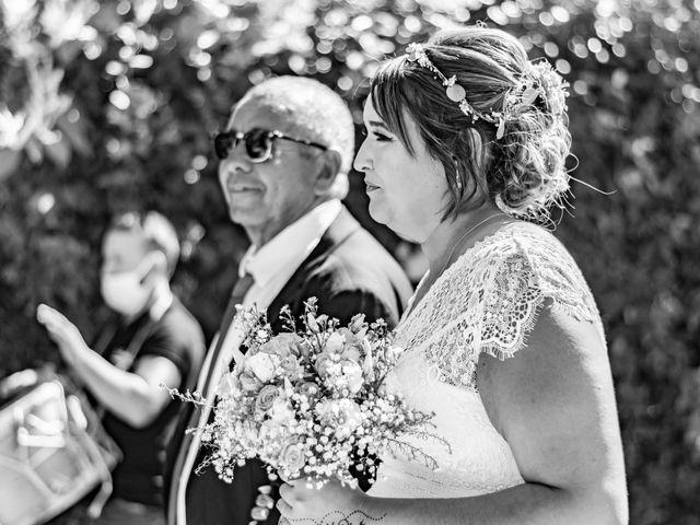 Le mariage de Célia et Oumar à Charvieu-Chavagneux, Isère 11