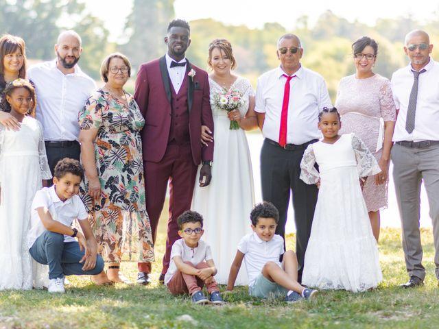 Le mariage de Célia et Oumar à Charvieu-Chavagneux, Isère 22