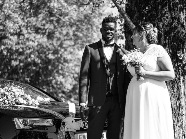 Le mariage de Célia et Oumar à Charvieu-Chavagneux, Isère 23