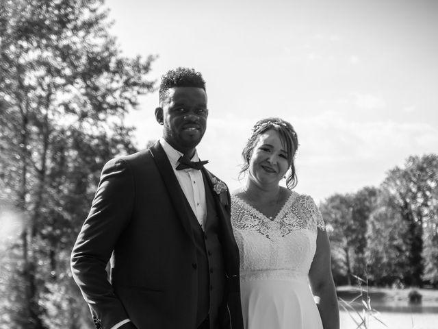 Le mariage de Célia et Oumar à Charvieu-Chavagneux, Isère 33