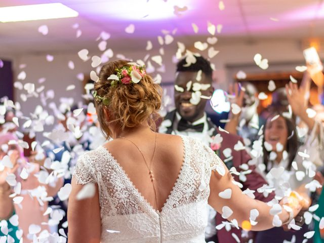 Le mariage de Célia et Oumar à Charvieu-Chavagneux, Isère 41