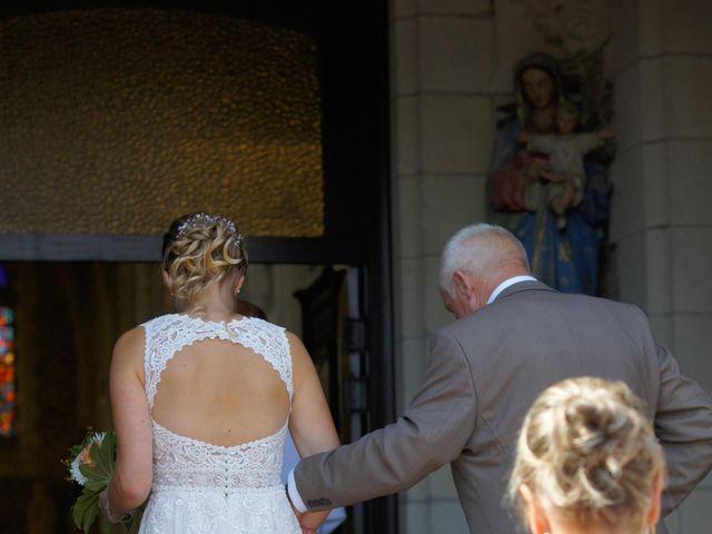 Le mariage de Matthieu et Pauline à Theix-Noyalo, Morbihan 12