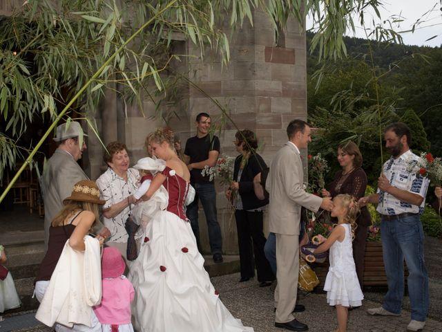 Le mariage de Julien et Aurélie à Masevaux, Haut Rhin 404