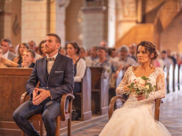 Le mariage de Anthony et Anne-Laure à Chemazé, Mayenne 10
