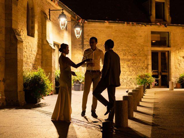 Le mariage de Alexandre et Linda à Ouistreham, Calvados 25