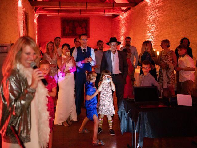 Le mariage de Alexandre et Linda à Ouistreham, Calvados 26