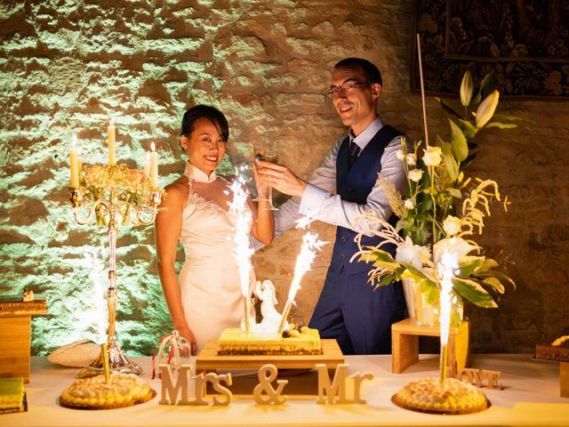 Le mariage de Alexandre et Linda à Ouistreham, Calvados 32
