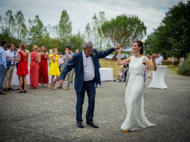 Le mariage de Joris et Marie à Saint-Clar-de-Rivière, Haute-Garonne 64