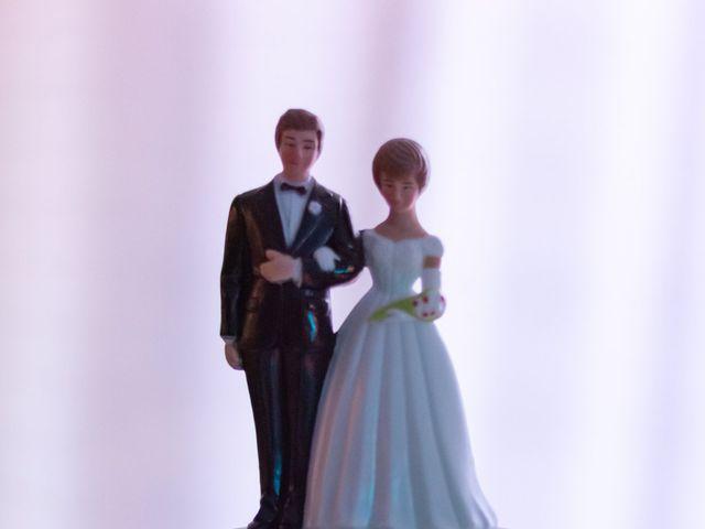 Le mariage de Geoffrey et Julie à Tournon-sur-Rhône, Ardèche 32