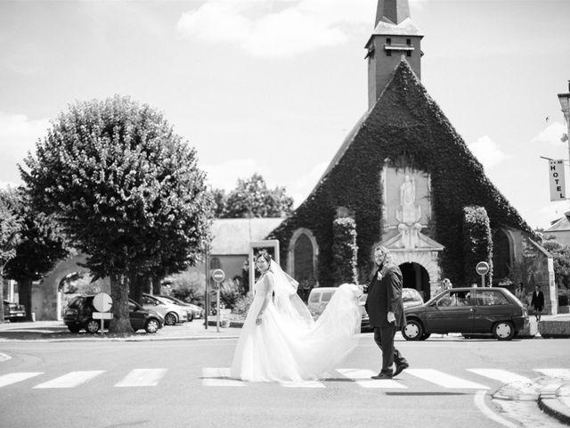Le mariage de Fred et Lucie à Sully-sur-Loire, Loiret 12