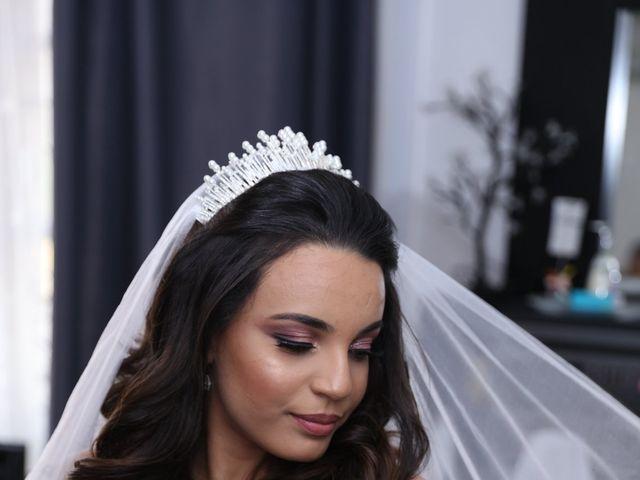 Le mariage de Adel et Souaad à Paris, Paris 14