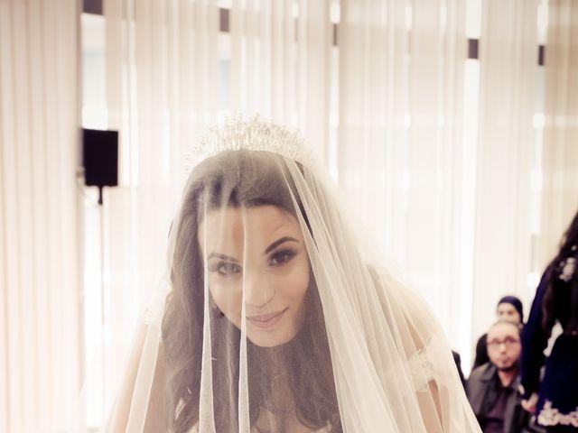 Le mariage de Adel et Souaad à Paris, Paris 32
