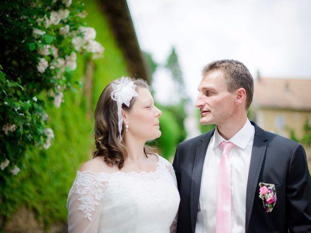 Le mariage de Cyrille et Magali à Champlive, Doubs 14