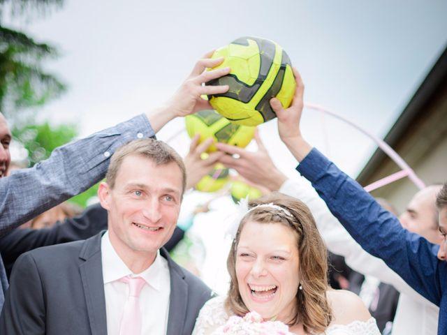 Le mariage de Cyrille et Magali à Champlive, Doubs 20