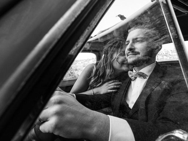 Le mariage de Giuliani  et Nelly  à Venasque, Vaucluse 2