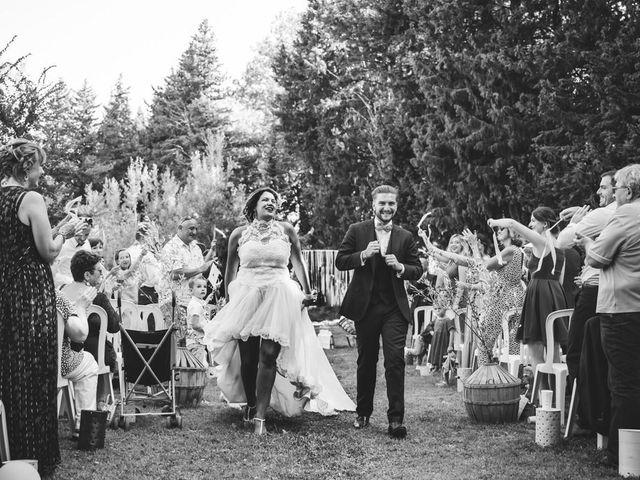 Le mariage de Giuliani  et Nelly  à Venasque, Vaucluse 4
