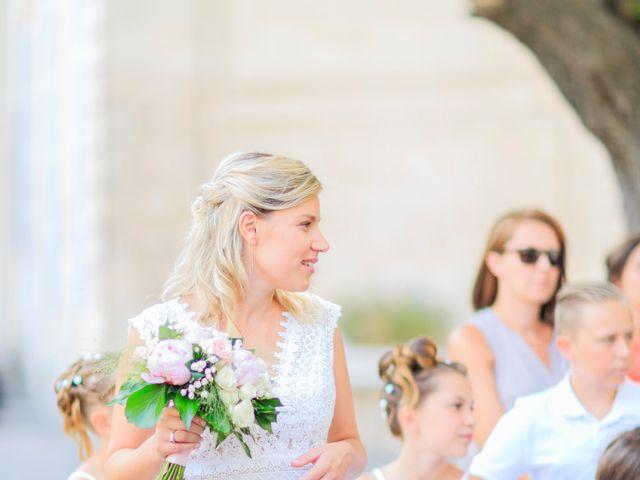 Le mariage de Bastien et Sophie à Marseille, Bouches-du-Rhône 16