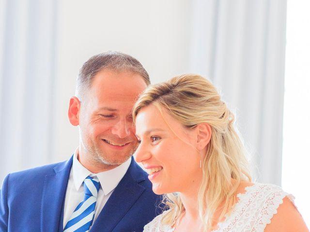 Le mariage de Bastien et Sophie à Marseille, Bouches-du-Rhône 21