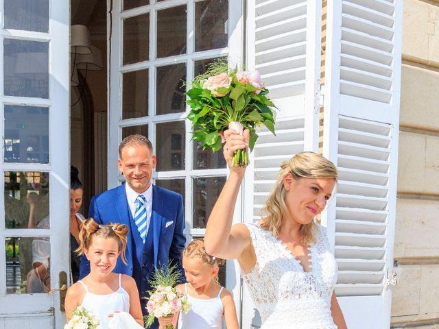 Le mariage de Bastien et Sophie à Marseille, Bouches-du-Rhône 29