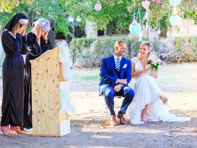 Le mariage de Bastien et Sophie à Marseille, Bouches-du-Rhône 48