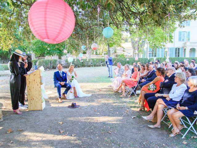 Le mariage de Bastien et Sophie à Marseille, Bouches-du-Rhône 52
