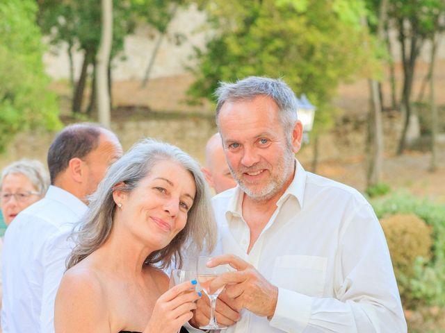 Le mariage de Bastien et Sophie à Marseille, Bouches-du-Rhône 81