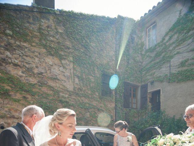 Le mariage de Gilles et Lindsay à Puycelci, Tarn 21