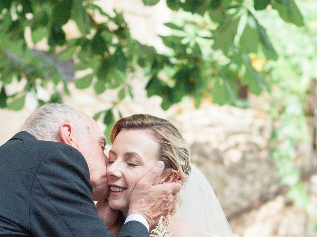 Le mariage de Gilles et Lindsay à Puycelci, Tarn 30