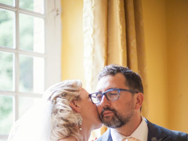 Le mariage de Gilles et Lindsay à Puycelci, Tarn 40