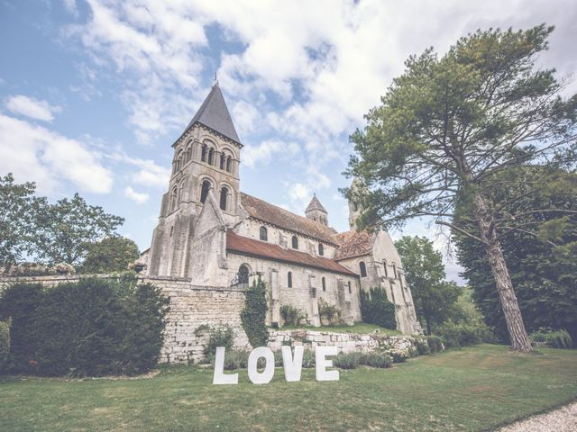 Le mariage de Jonathan et Marion à Morienval, Oise 2