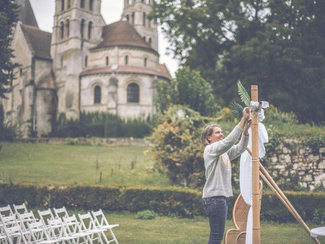 Le mariage de Jonathan et Marion à Morienval, Oise 3