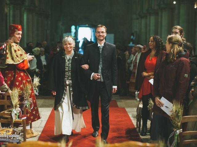 Le mariage de Mathias et Lucie à Saint-Leu-d'Esserent, Oise 12