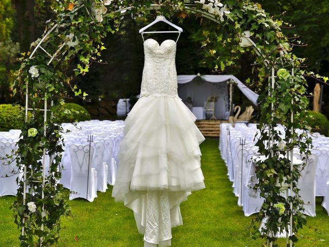 Le mariage de Jeremy et Elodie à Le Coudray-Montceaux, Essonne 19