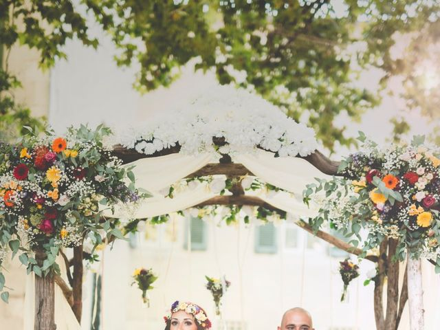 Le mariage de Driss et Démi à Nîmes, Gard 17