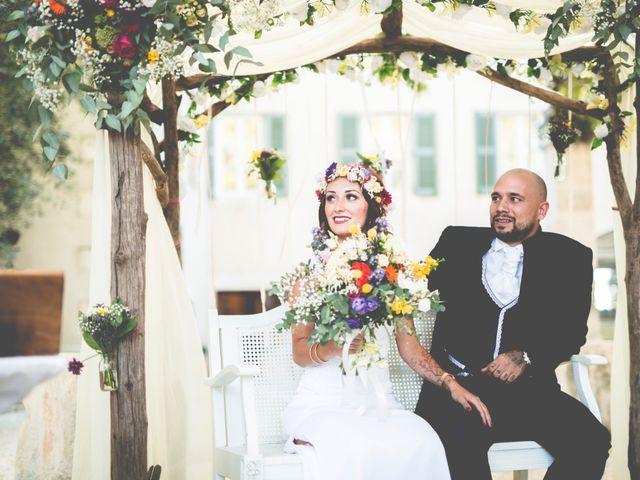Le mariage de Driss et Démi à Nîmes, Gard 19
