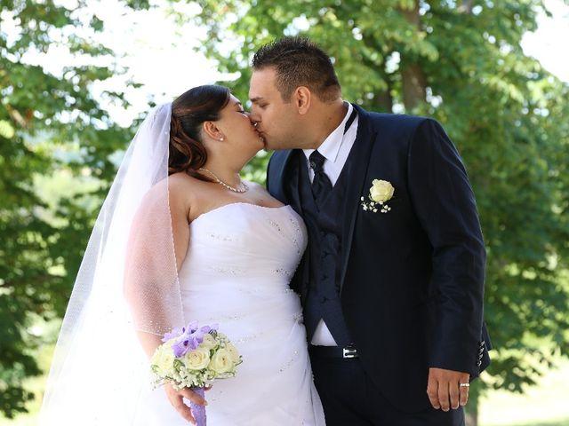 Le mariage de Mickaël et Floriane à Riorges, Loire 3