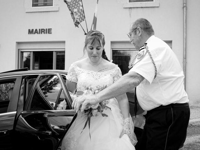 Le mariage de Thibaut et Claire à Beaumotte-lès-Pin, Haute-Saône 32