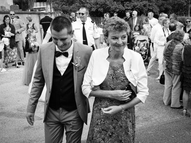 Le mariage de Thibaut et Claire à Beaumotte-lès-Pin, Haute-Saône 44