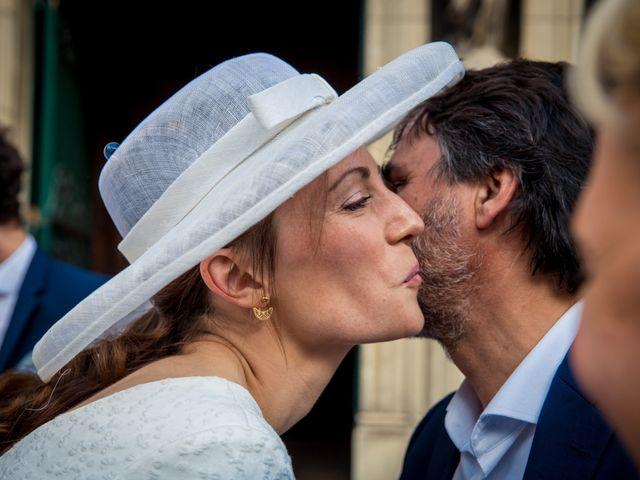 Le mariage de Louis et Solène à Bordeaux, Gironde 25
